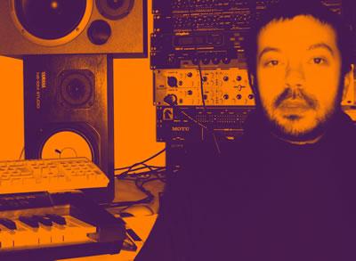 Fabio Selvafiorita in studio